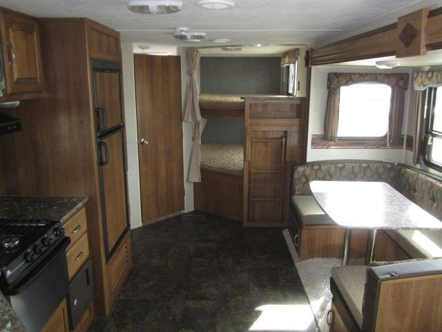 NEW 2016 KEYSTONE SUMMERLAND 2820BH - Jack's Campers