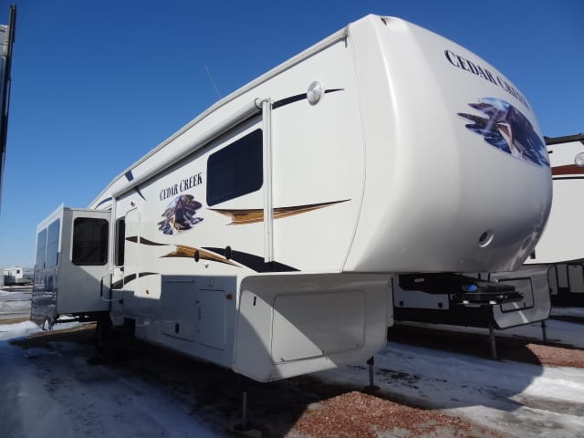 USED 2012 Forest River CEDAR CREEK 36 RE - Jack's Campers