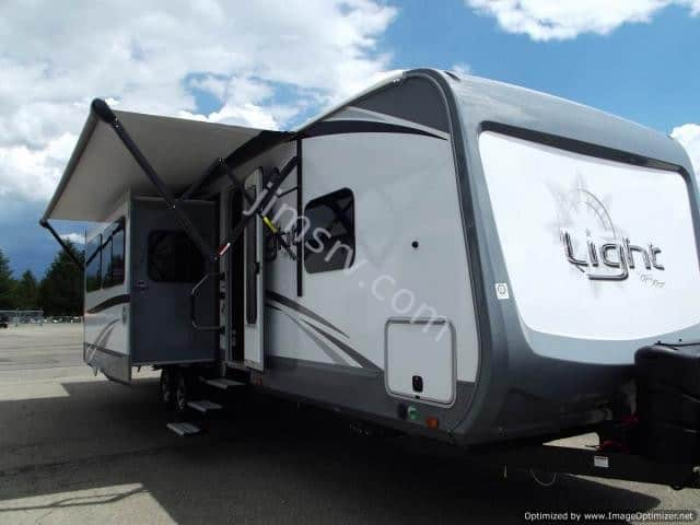 2018 HIGHLAND RIDGE OPEN RANGE LIGHT 321BHTS