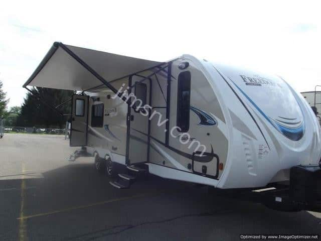 2018 FOREST RIVER COACHMEN FREEDOM EXPRESS 276RKDSLE