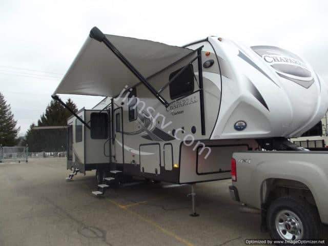 NEW 2018 Forest River COACHMEN CHAPARRAL 373MBRB