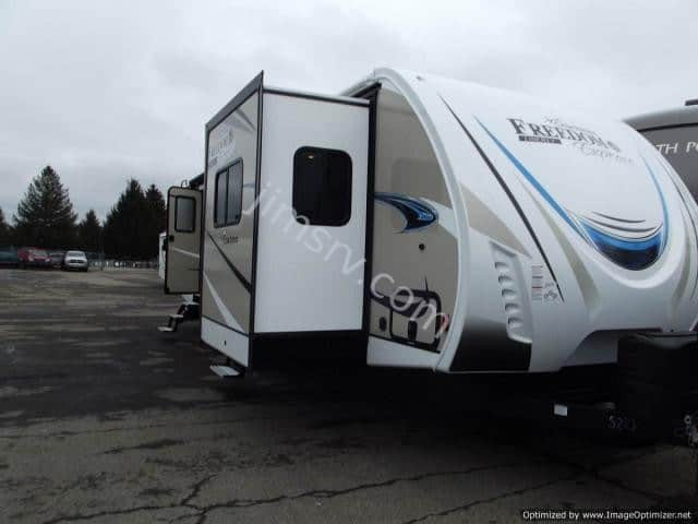 2019 FOREST RIVER COACHMEN FREEDOM EXPRESS 321FEDS
