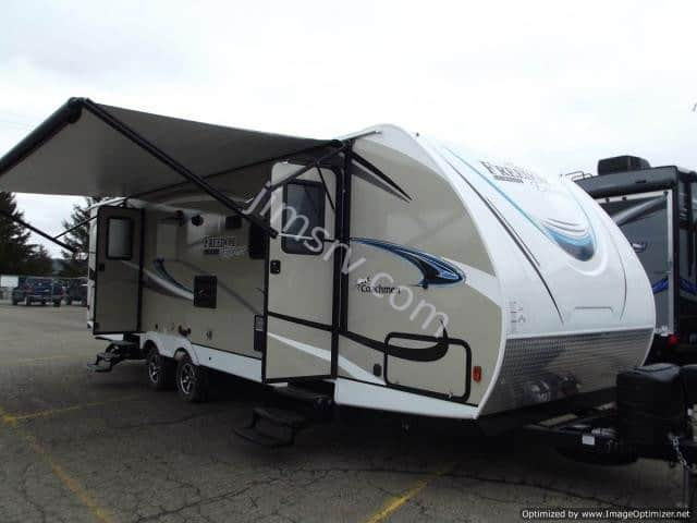 NEW 2019 Forest River COACHMEN FREEDOM EXPRESS 287BHDS
