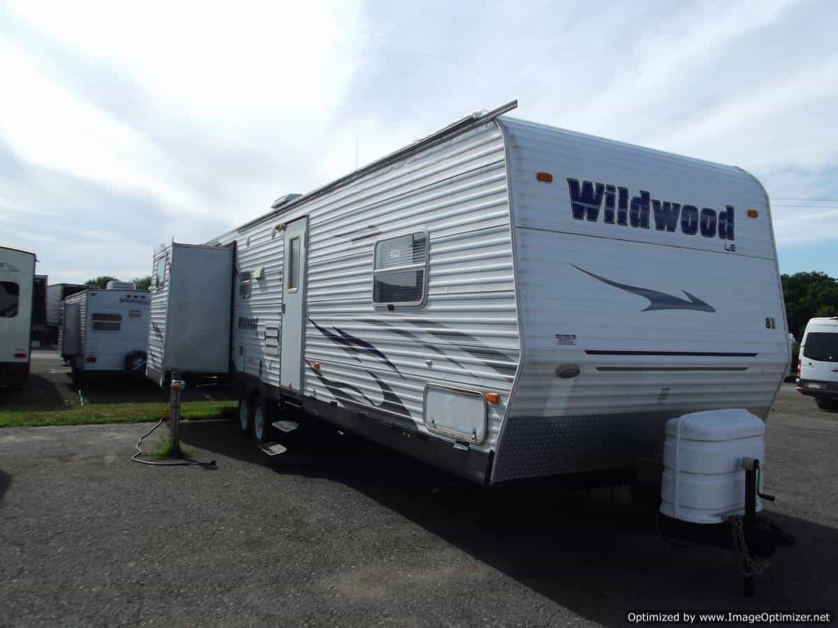 USED 2009 Forest River Wildwood 32BHDSLE
