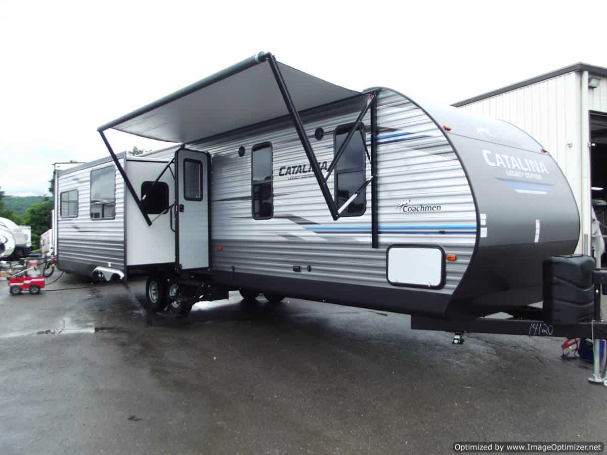 NEW 2019 Forest River Catalina 333RETS
