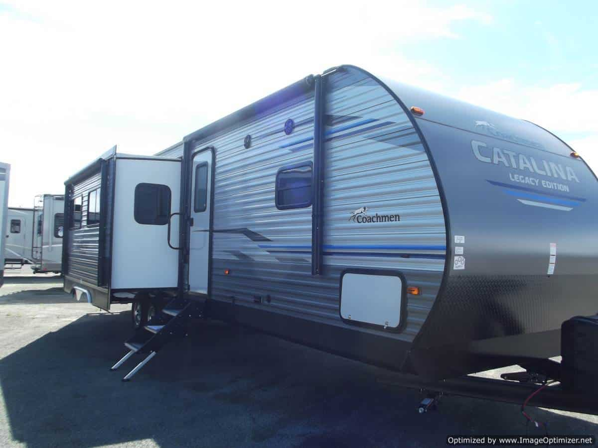 NEW 2019 FOREST RIVER COACHMEN CATALINA 333BHTSCKLE