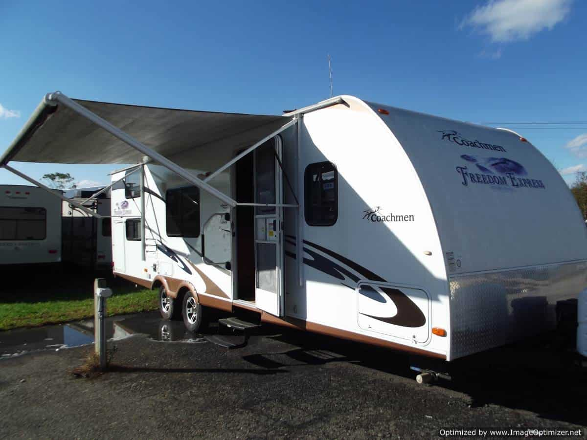 USED 2011 Forest River Freedom Express 290BHS