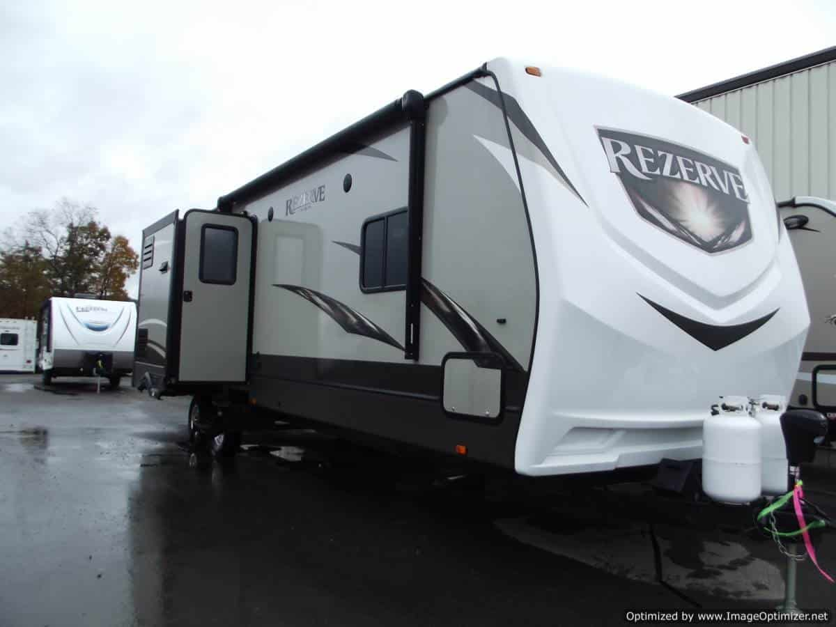 USED 2016 Crossroads Rv Reserve Rtz 33BH