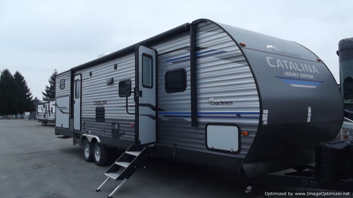 NEW 2019 FOREST RIVER COACHMEN CATALINA 323BHDSCK