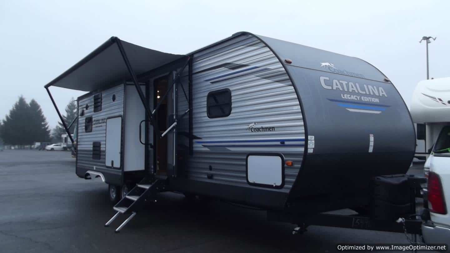 NEW 2019 FOREST RIVER COACHMEN CATALINA 313DSRB