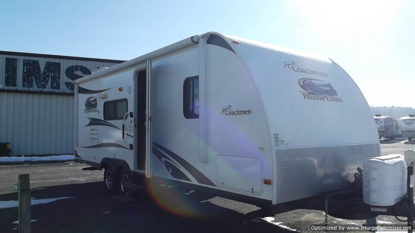 USED 2013 Forest River Freedom Express Ltz 230 BH