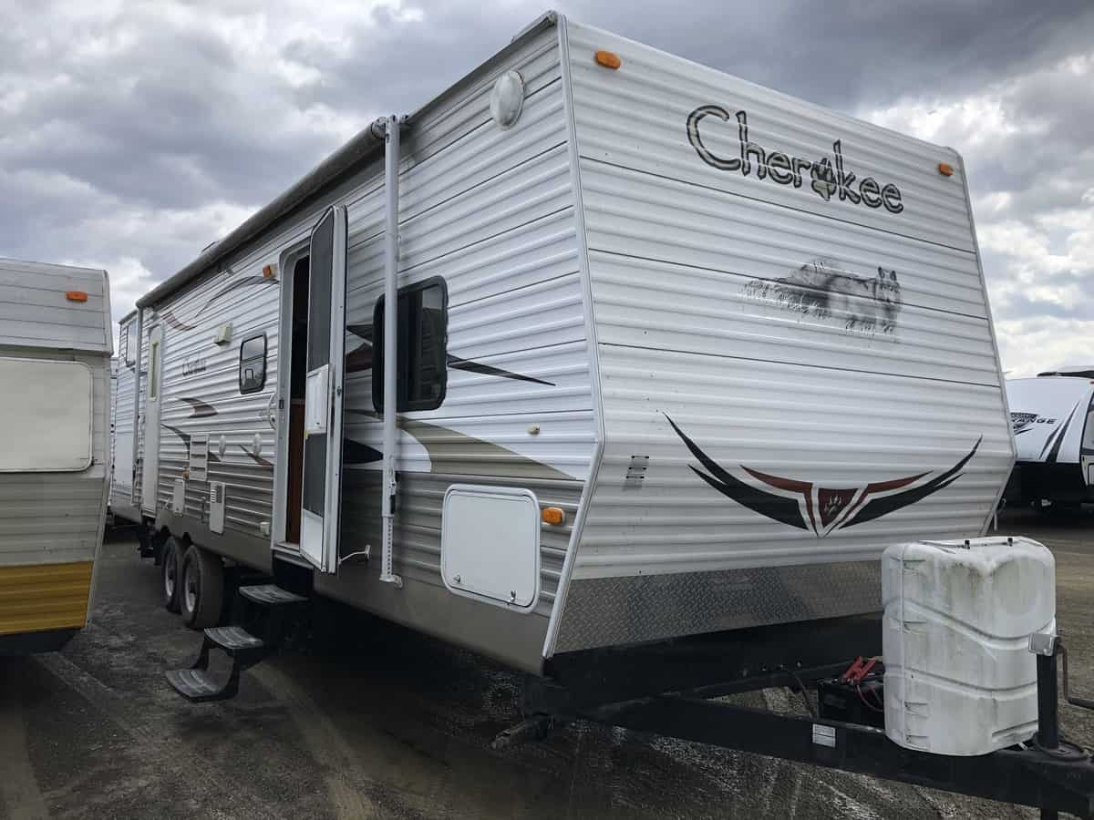 USED 2010 Forest River Cherokee 30U+