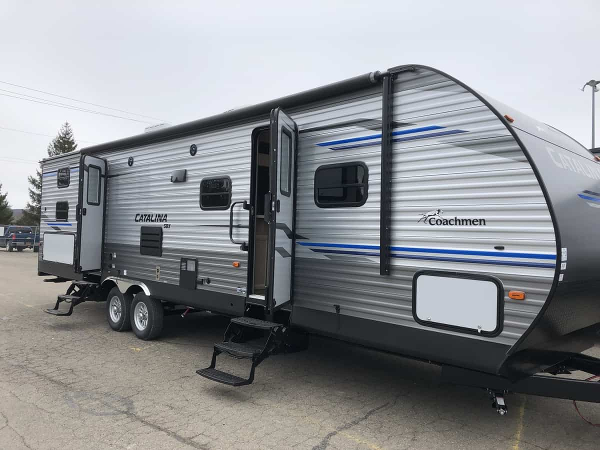 NEW 2020 FOREST RIVER COACHMEN CATALINA 321BHDS
