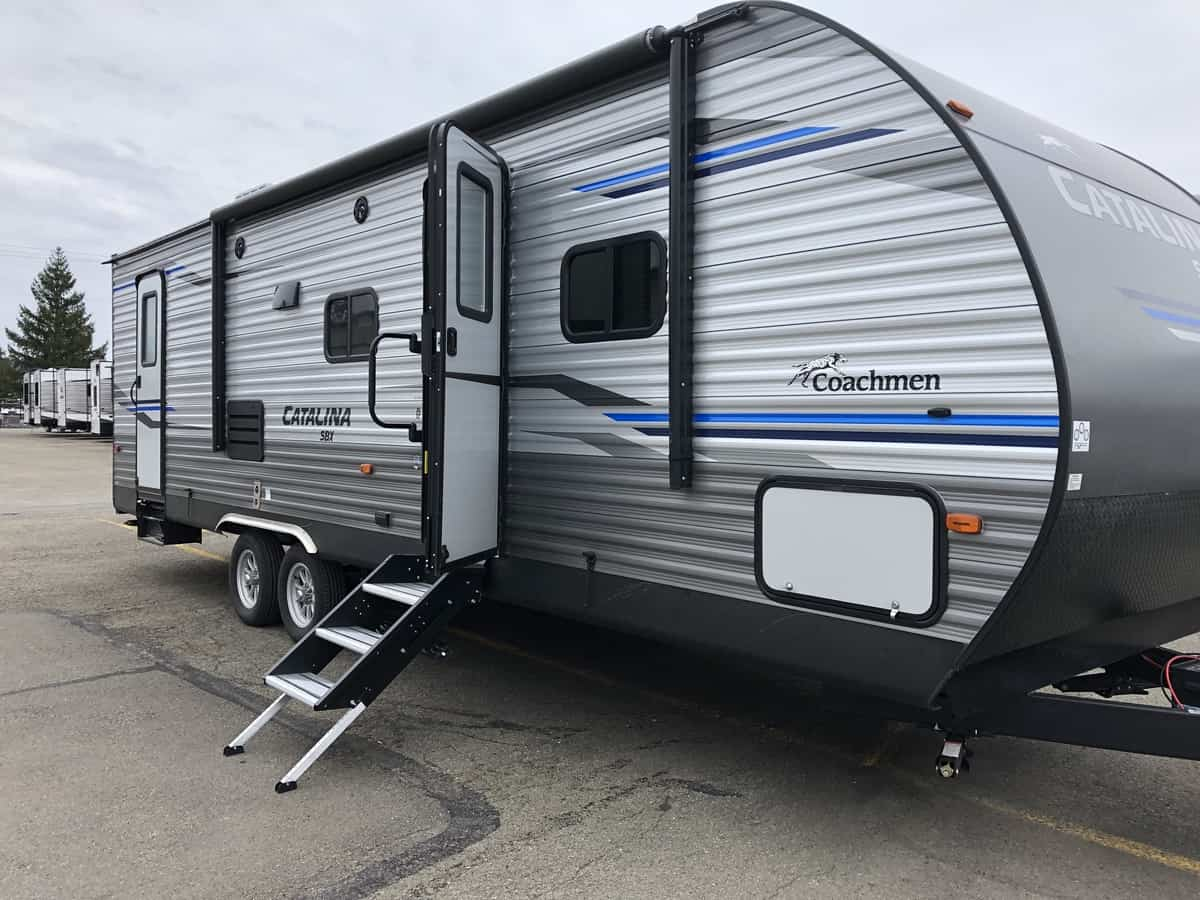 NEW 2020 FOREST RIVER COACHMEN CATALINA 281DDS