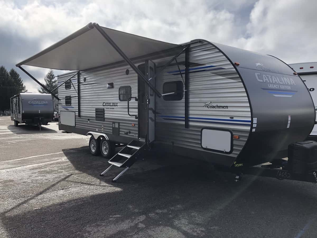 NEW 2020 FOREST RIVER COACHMEN CATALINA 293QBCKLE