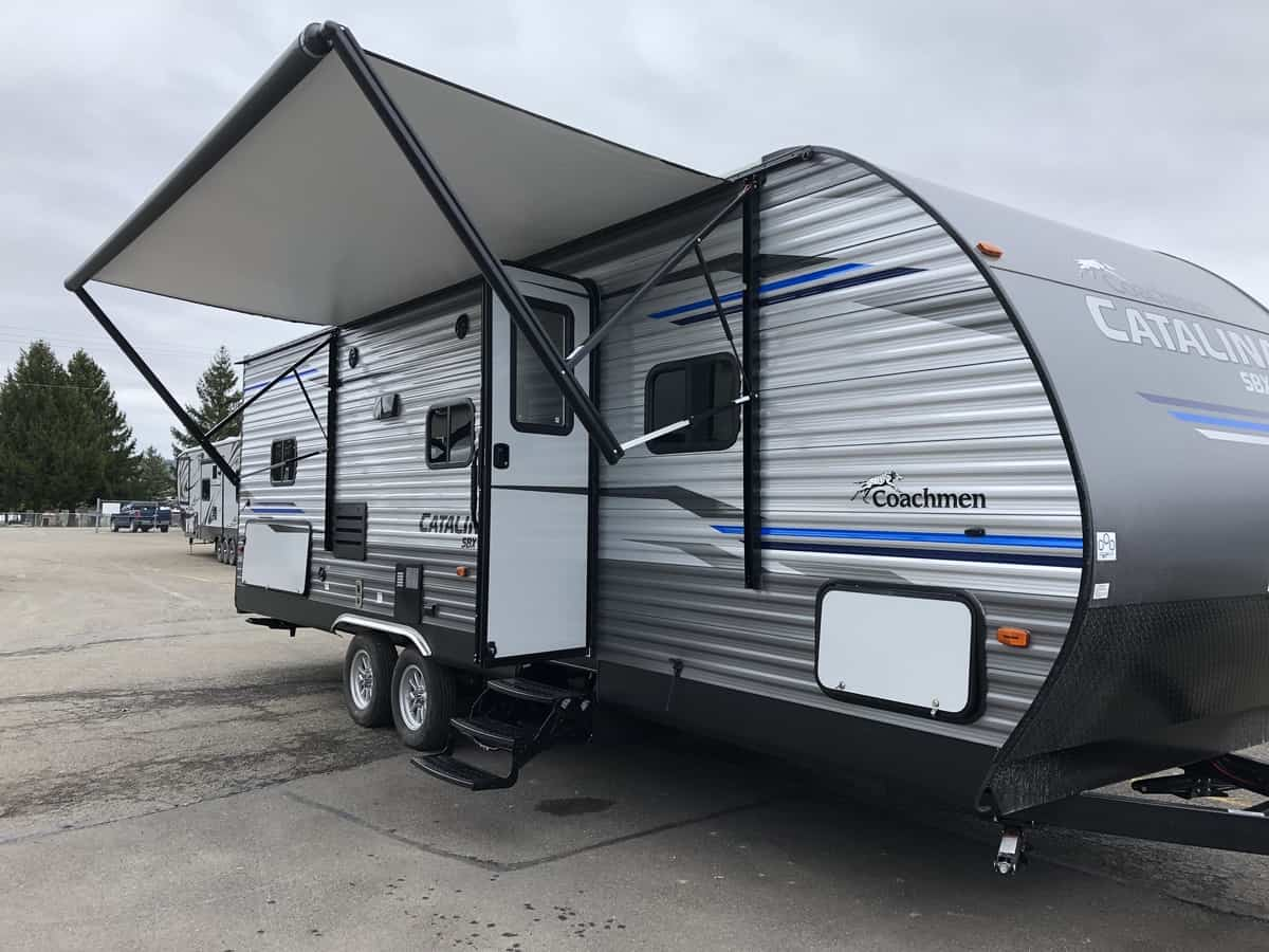 NEW 2020 FOREST RIVER COACHMEN CATALINA 261BHS