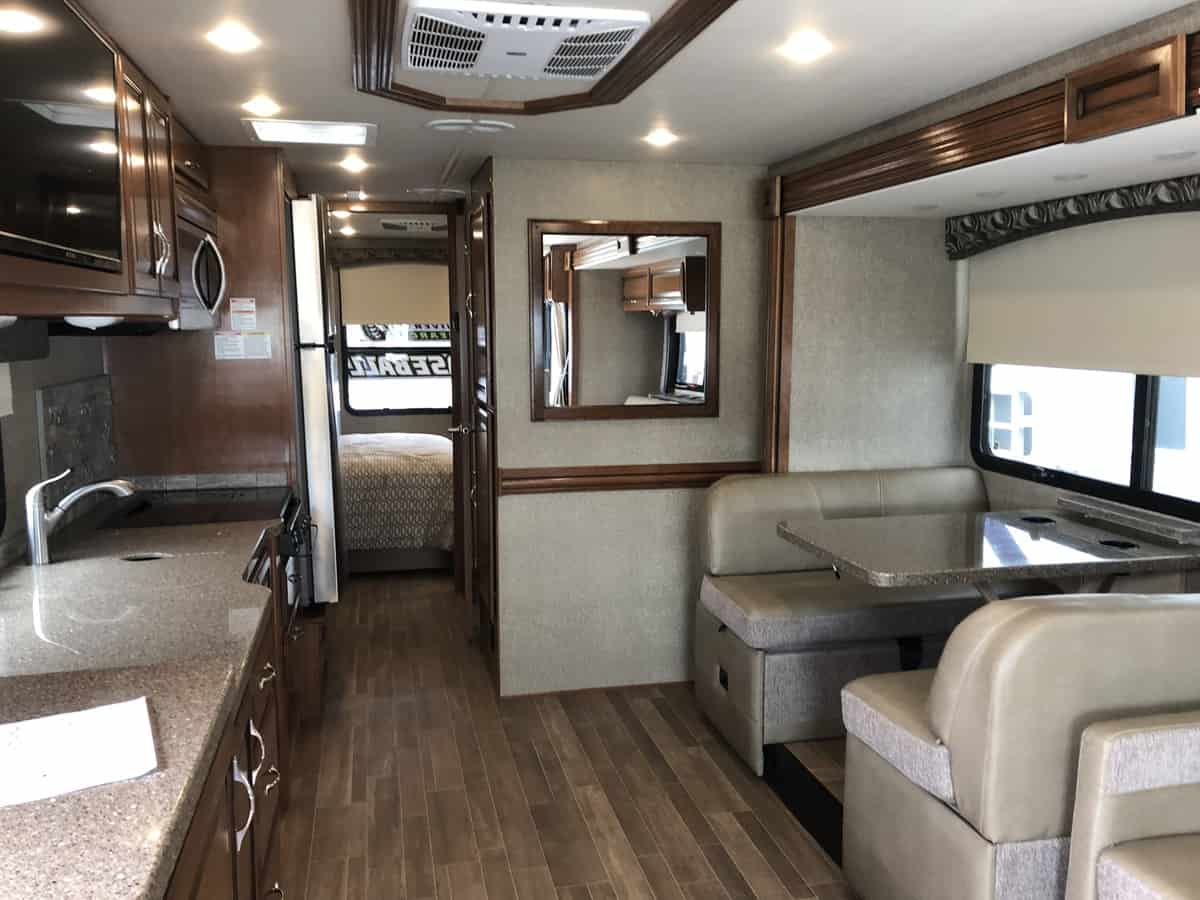 USED 2018 FLEETWOOD FLAIR LXE 31W