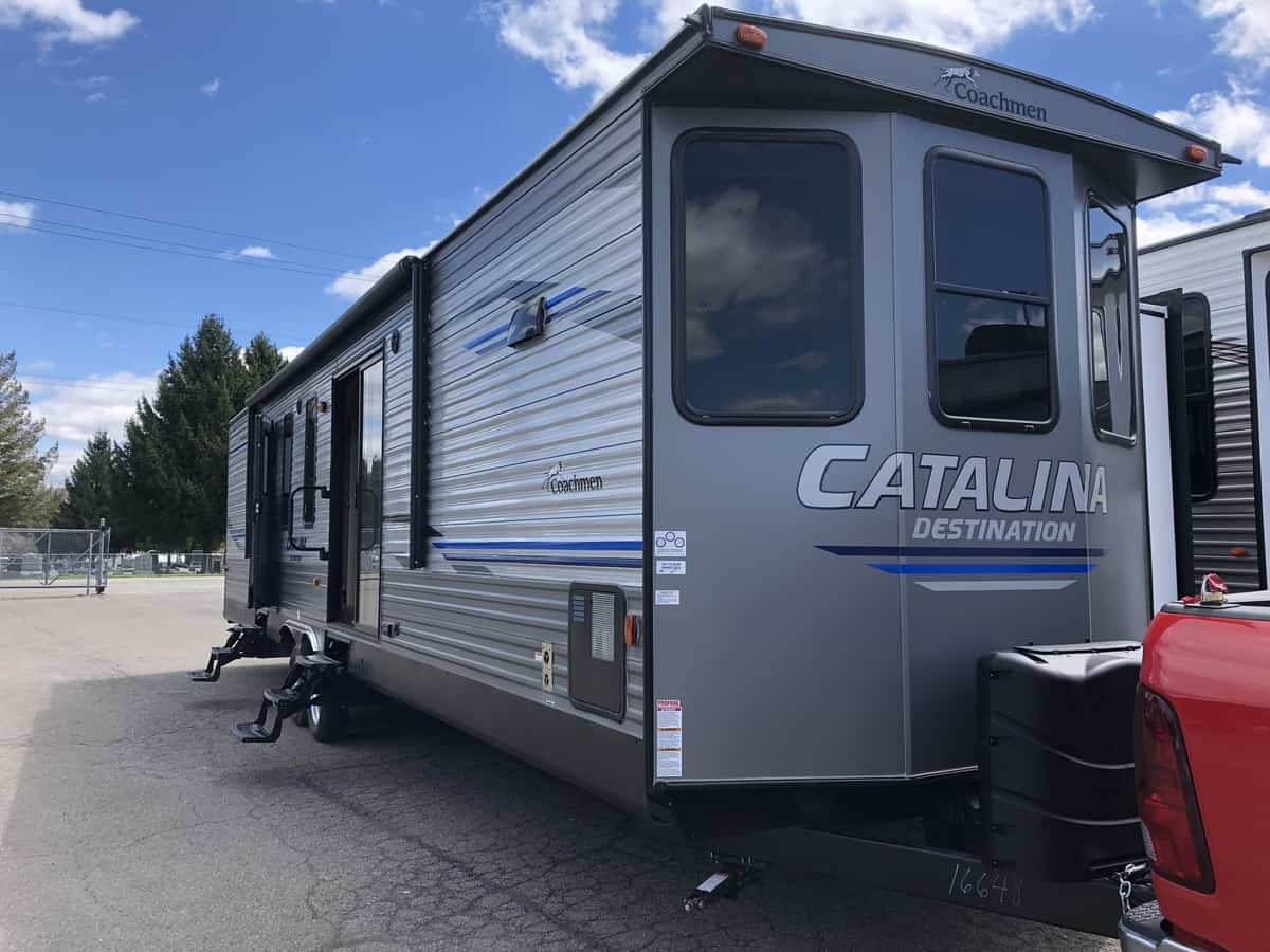 NEW 2020 FOREST RIVER COACHMEN CATALINA 39FKTS