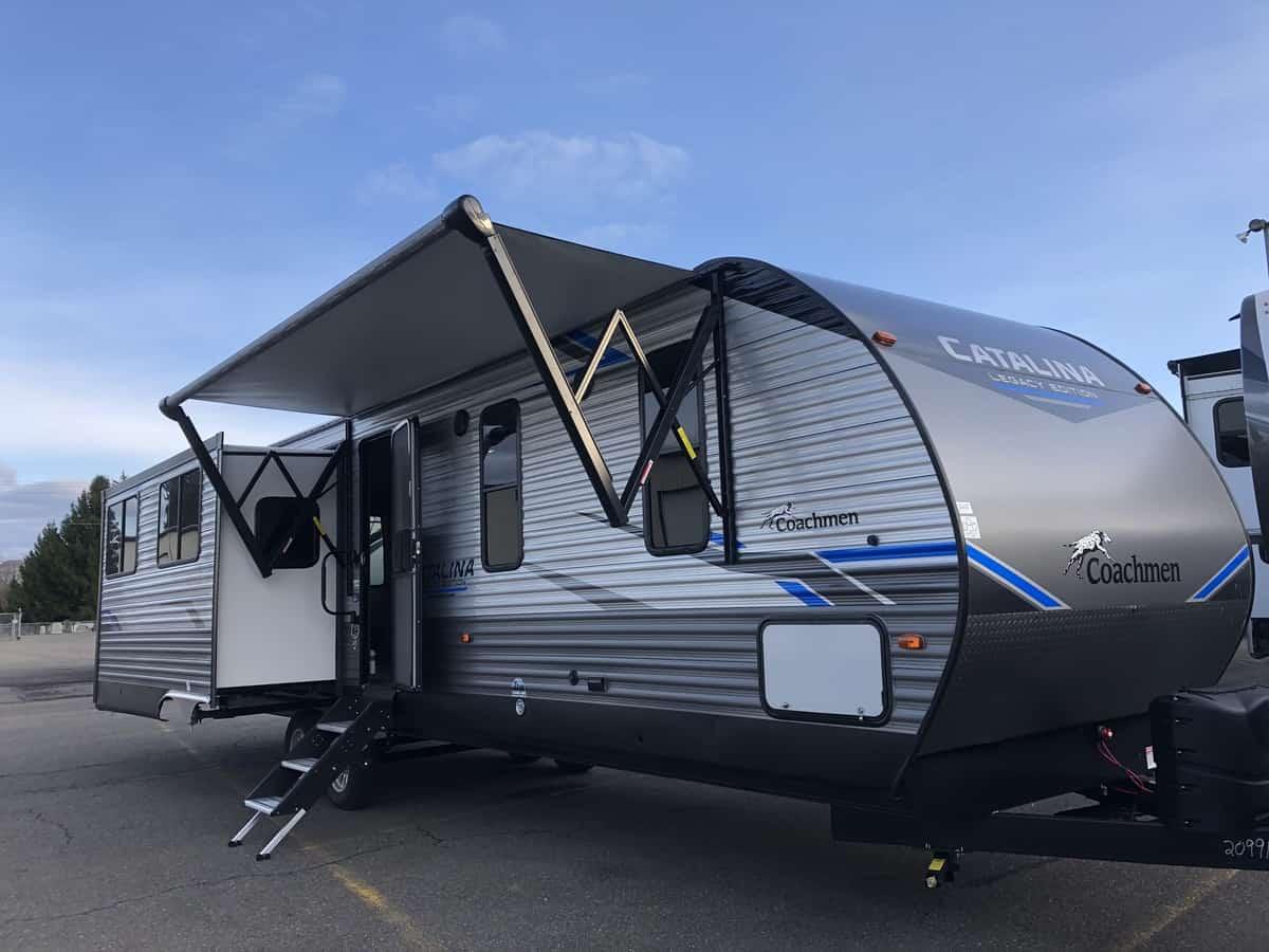 NEW 2021 Coachmen Catalina 333RETSLE