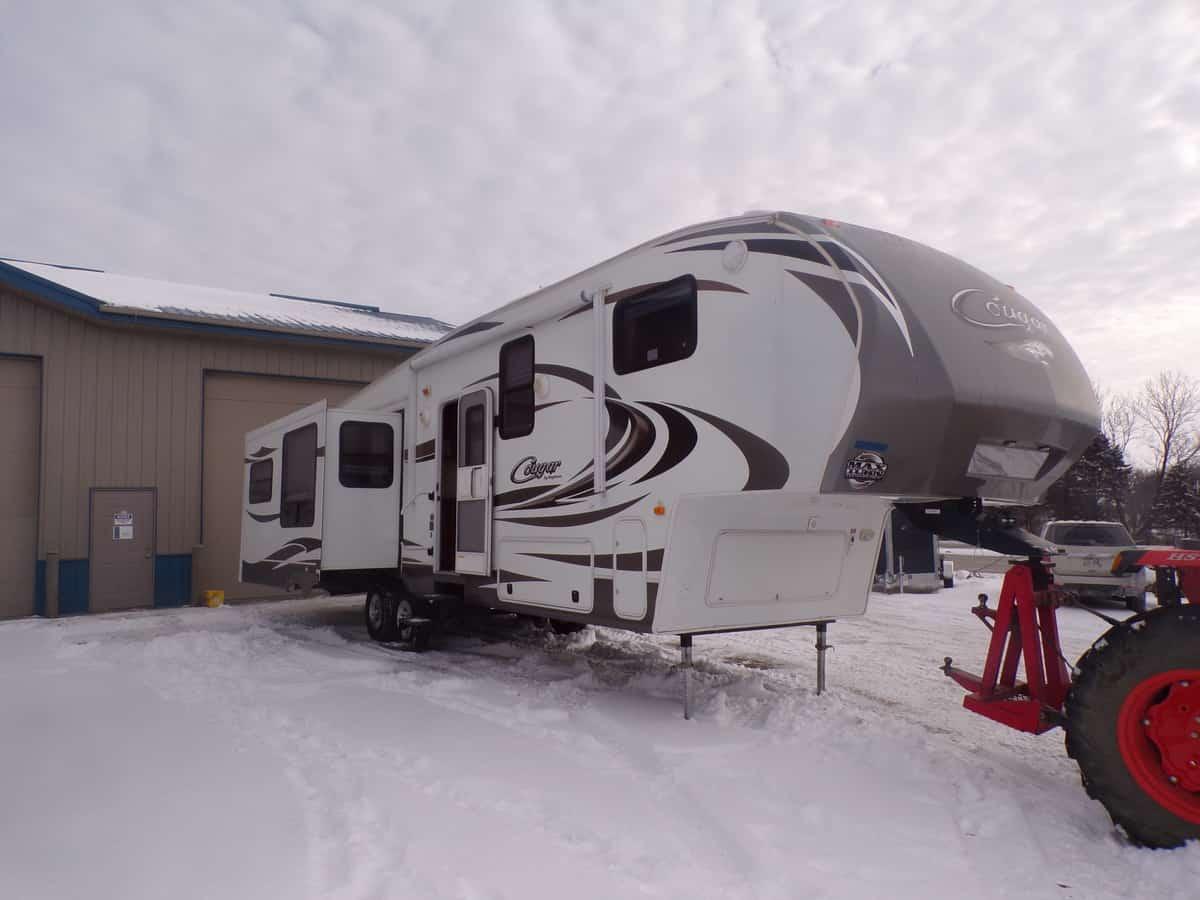 USED 2013 Keystone Cougar 327RES