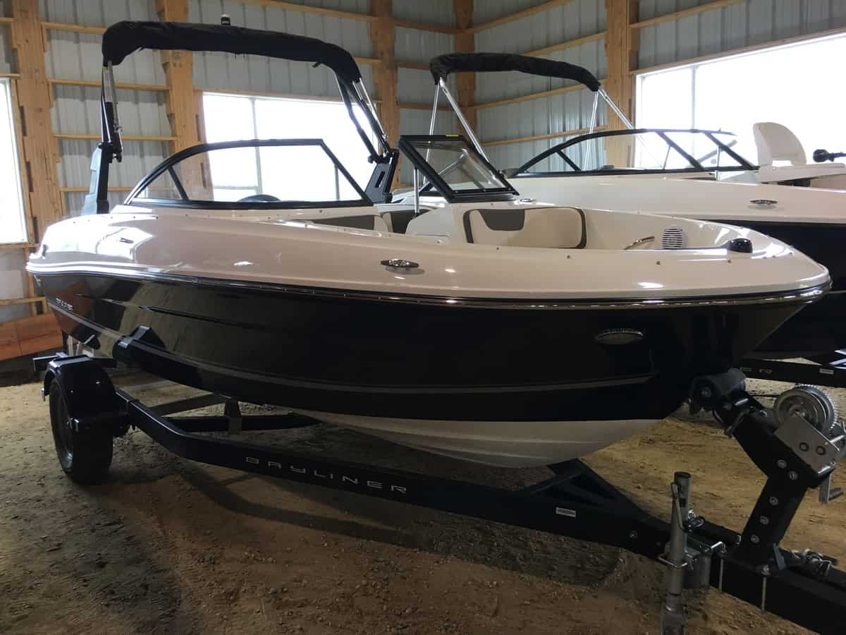 NEW 2018 Bayliner VR4 - Lighthouse Marine