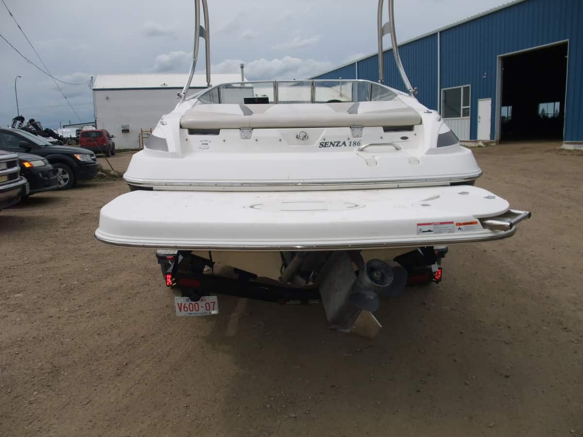 USED 2006 Larson 186 Senza - Lighthouse Marine