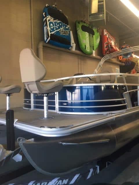 NEW 2019 Sunchaser Geneva DS 22 CRS 3 PT Fish - Lighthouse Marine