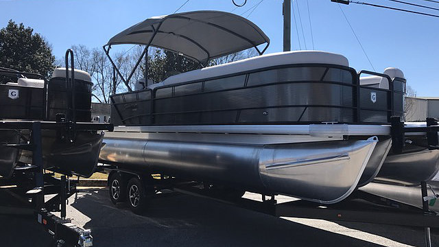 NEW 2018 Sweetwater 2386 C - PULL Watersports