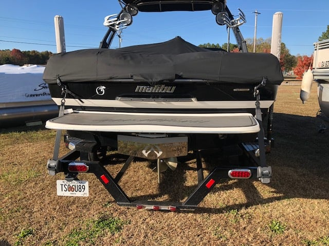 USED 2012 Malibu 23 LSV - PULL Watersports
