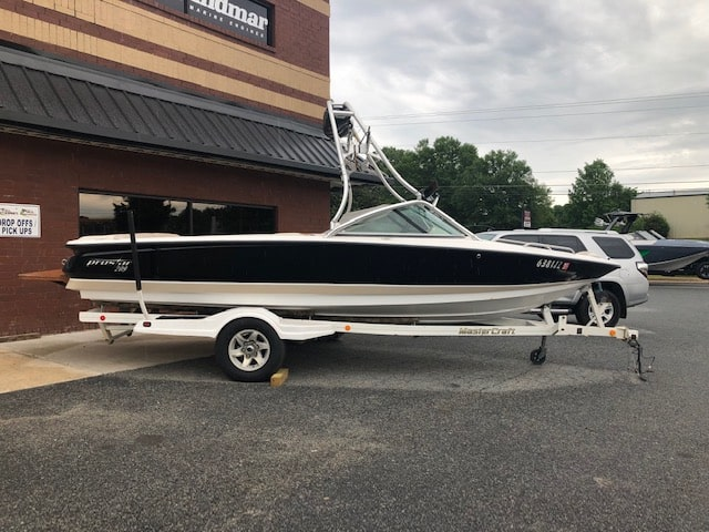 USED 2002 MasterCraft ProStar 209 - PULL Watersports