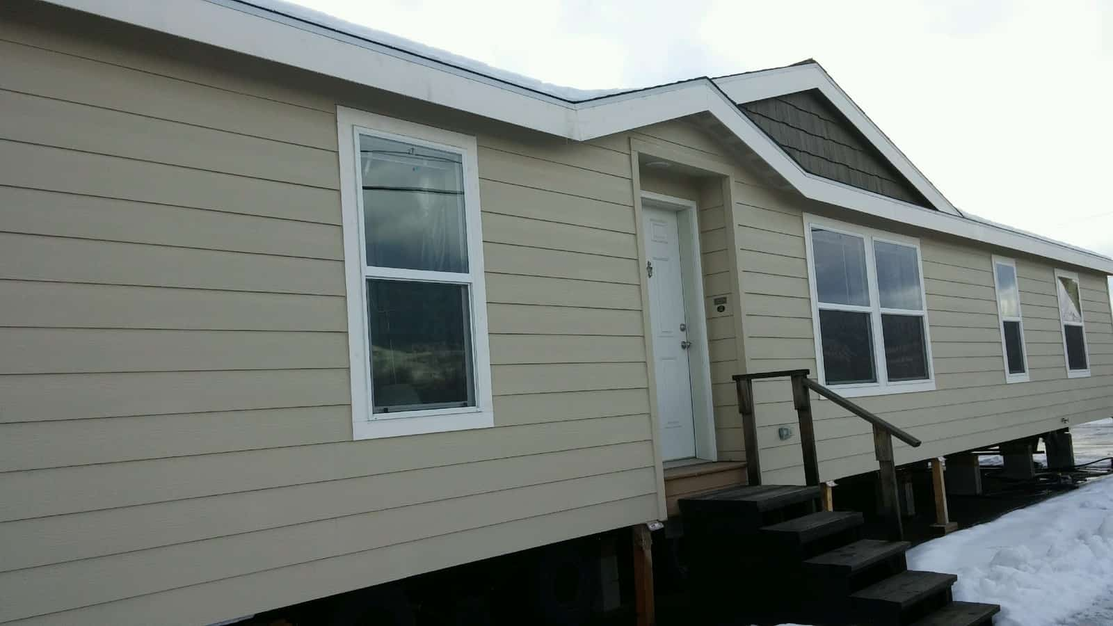 NEW /w DEN OR 4TH BEDROOM Marlette MUST SEE Glacier Peak 9597-S 1914 Sq.Ft. - Rangitsch Manufactured Home Center