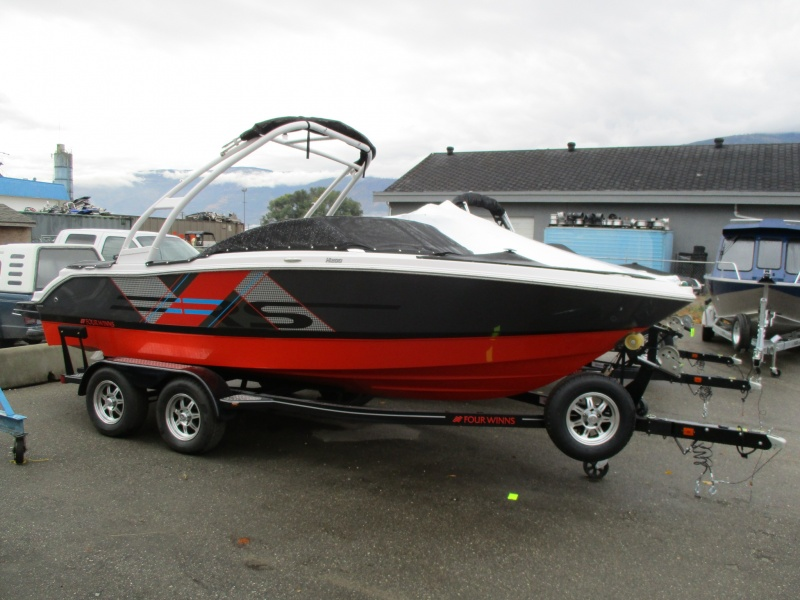 NEW 2018 Four Winns Horizon 200 RS W/Tower - Renfrew Marine