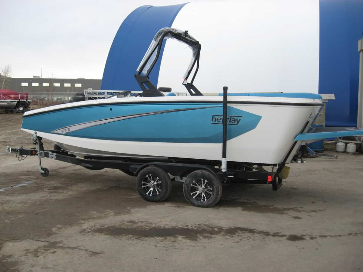 NEW 2019 Heyday WT-2 SC Metal Flake - Renfrew Marine