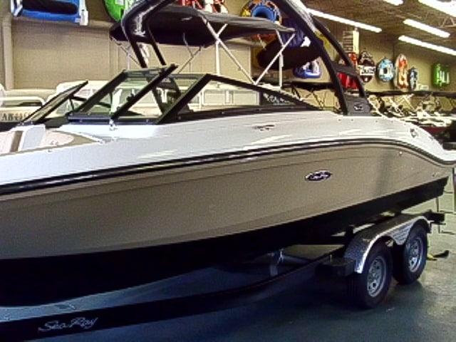 NEW 2019 Sea Ray SPX 210 Elevation Edition - Renfrew Marine
