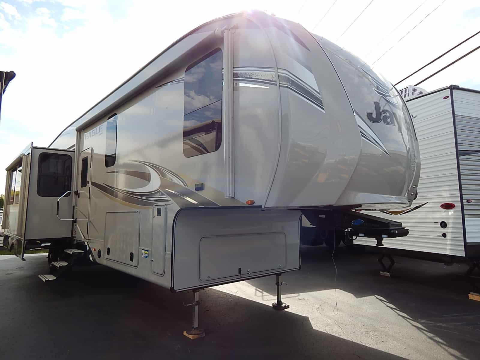 NEW 2018 Jayco EAGLE 347BHOK - Rick's RV Center