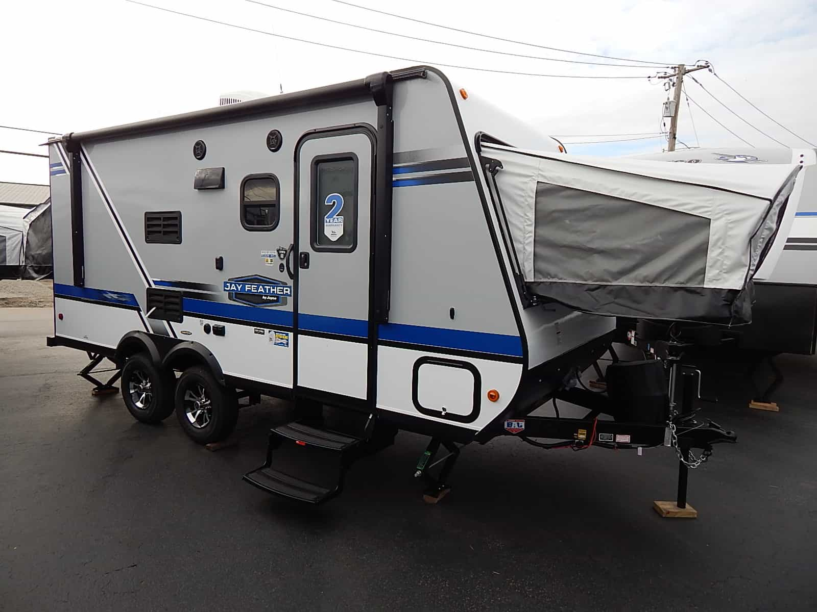 NEW 2018 Jayco JAY FEATHER 7 17XFD - Rick's RV Center