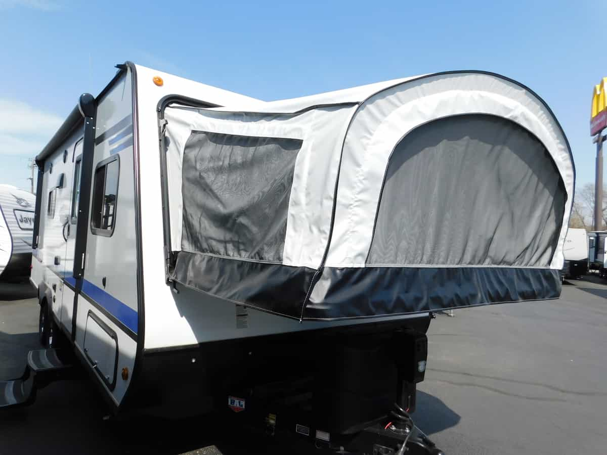 NEW 2018 Jayco JAY FEATHER X23B - Rick's RV Center