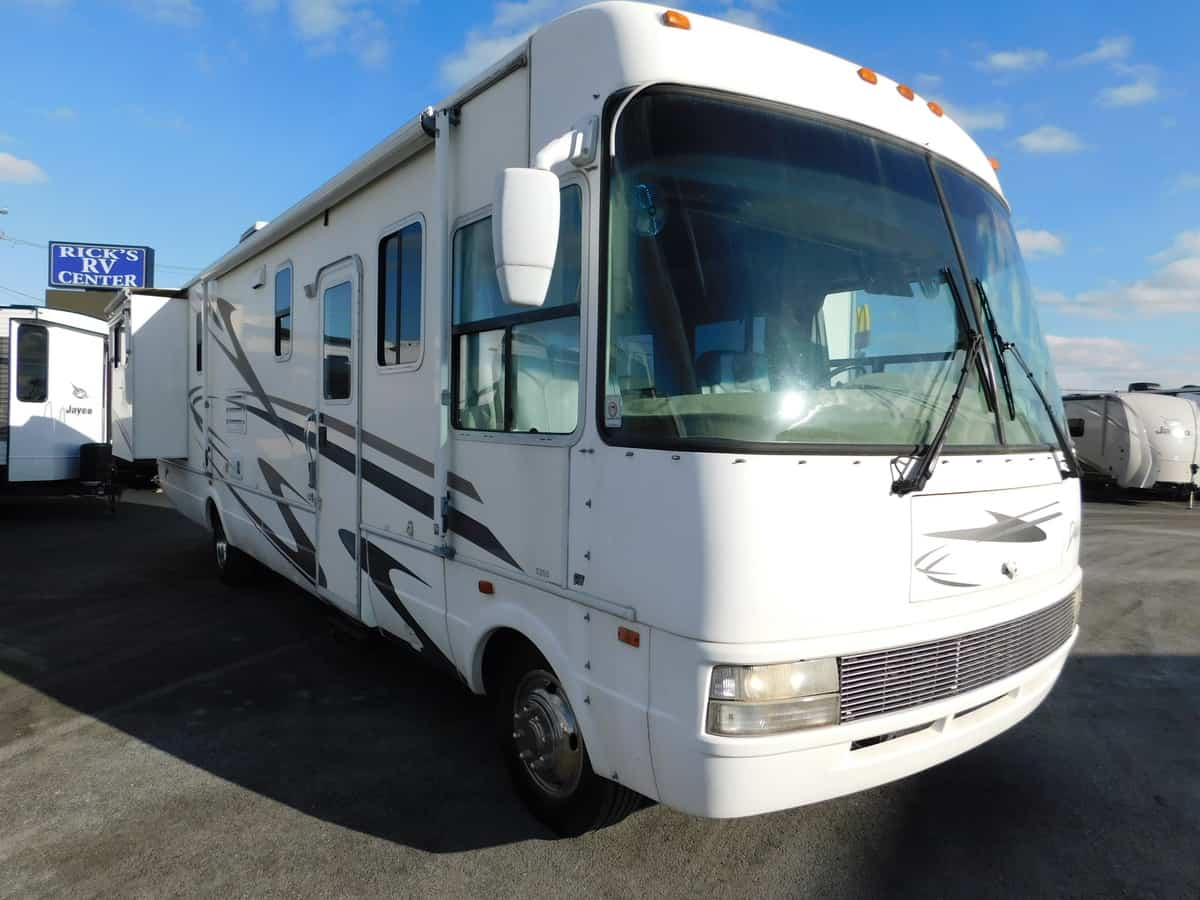 USED 2002 National DOLPHIN 5355 - Rick's RV Center