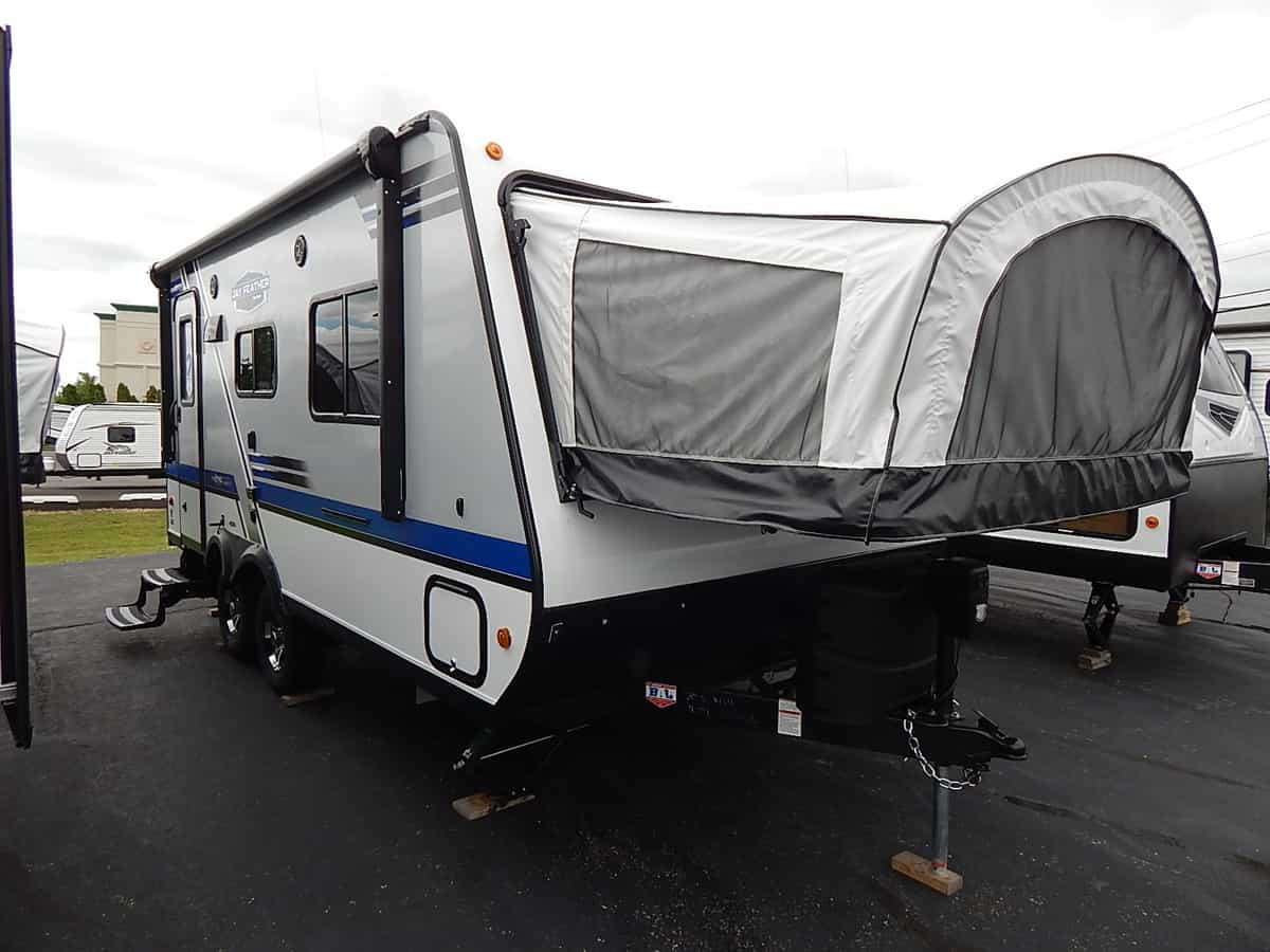 NEW 2018 Jayco JAY FEATHER X19H - Rick's RV Center
