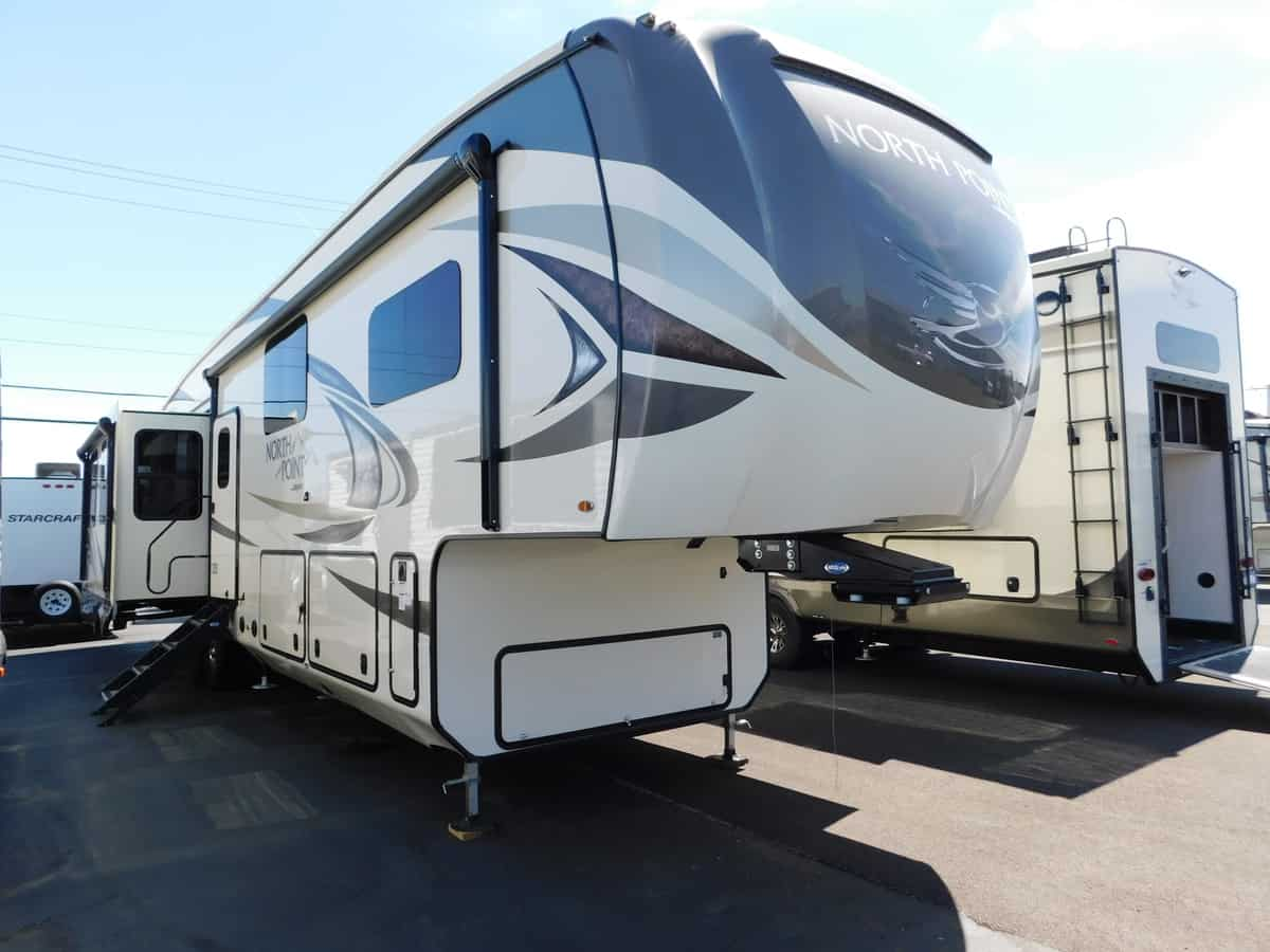 NEW 2018 Jayco NORTH POINT 377RLBH - Rick's RV Center