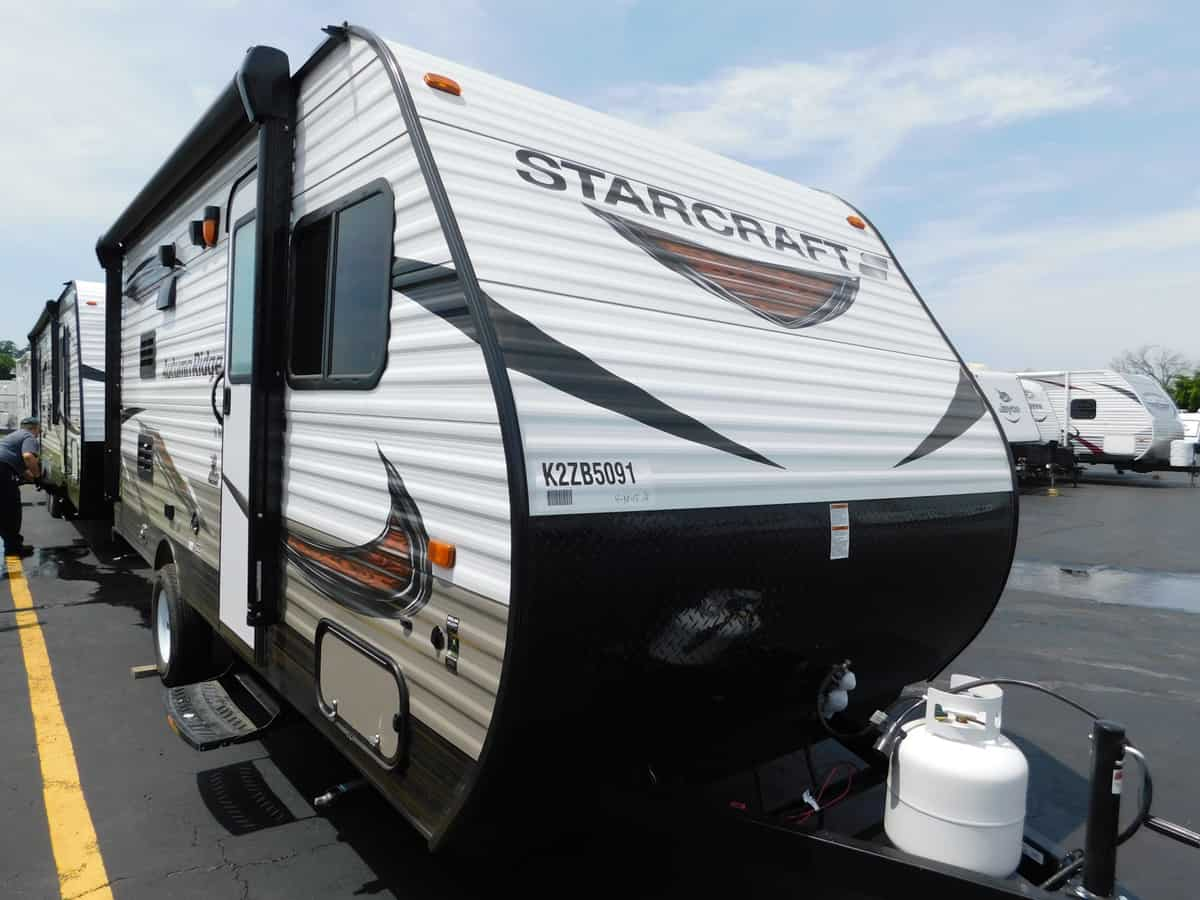 NEW 2019 Starcraft AUTUMN RIDGE OUTFITR 18BHS - Rick's RV Center