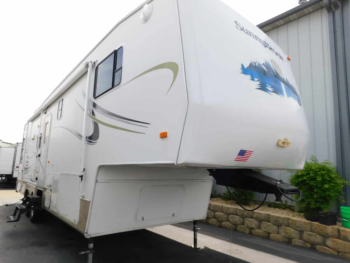 USED 2004 Sunnybrook SUNNYBROOK 31BWFS - Rick's RV Center