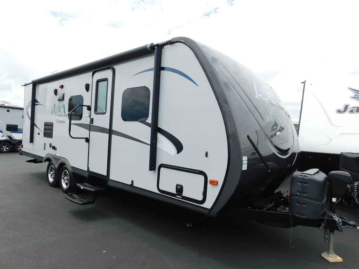 USED 2015 COACHMEN APEX 235BHS - Rick's RV Center