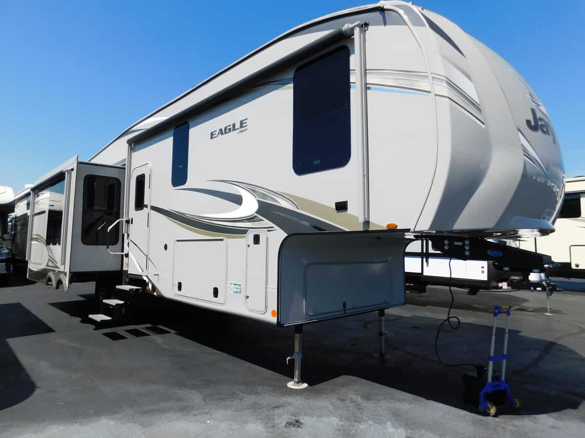 NEW 2019 Jayco EAGLE 317RLOK - Rick's RV Center