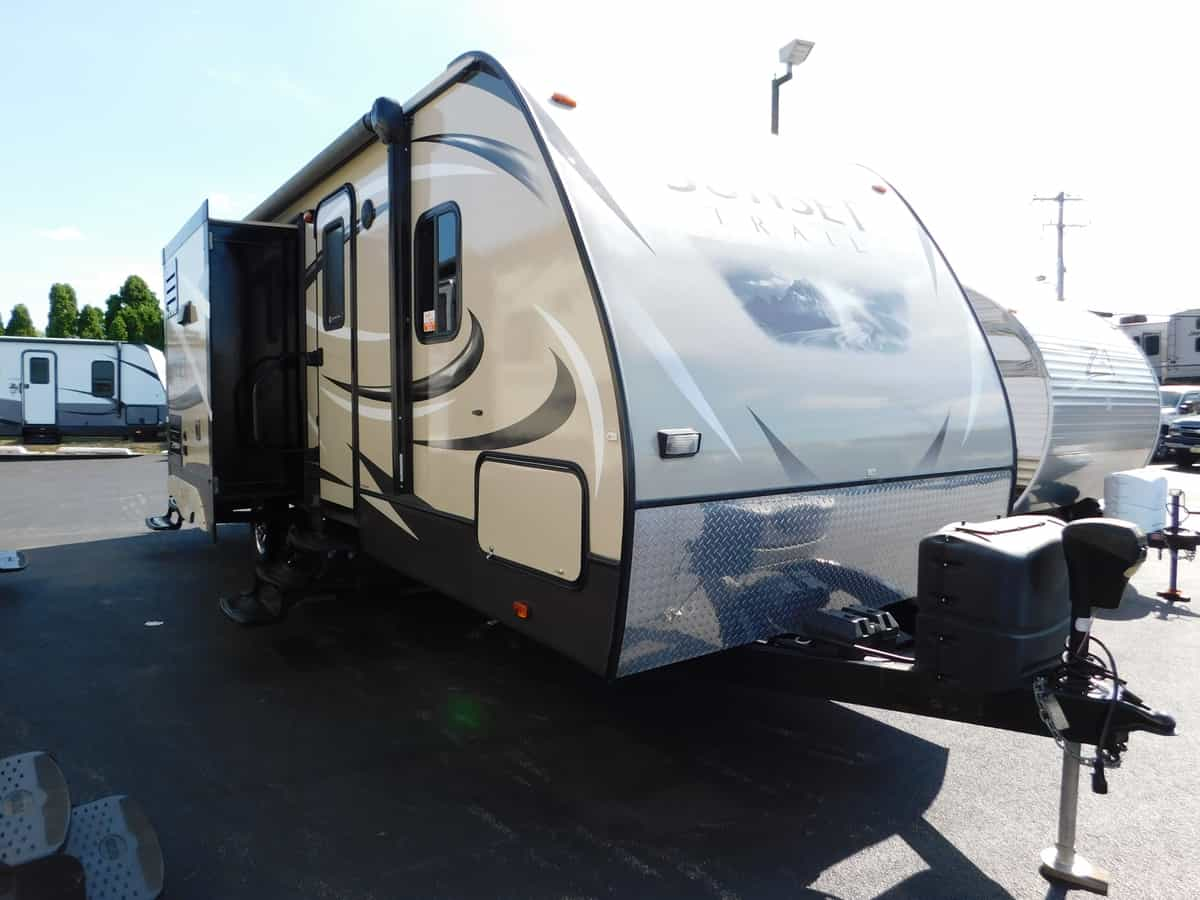 USED 2015 Sunset Trail SUNSET TRAIL 240BI - Rick's RV Center