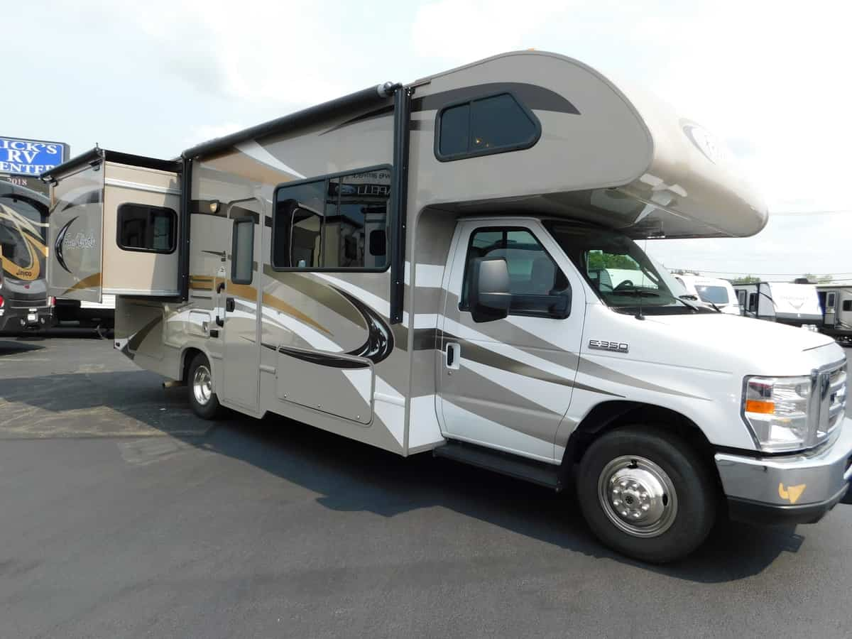 USED 2014 Thor FOURWINDS 26A - Rick's RV Center