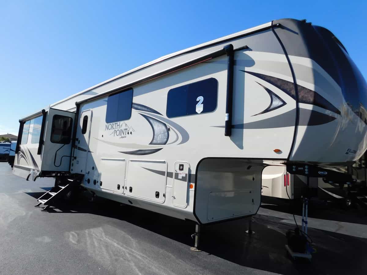 NEW 2019 Jayco NORTH POINT 377RLBH - Rick's RV Center