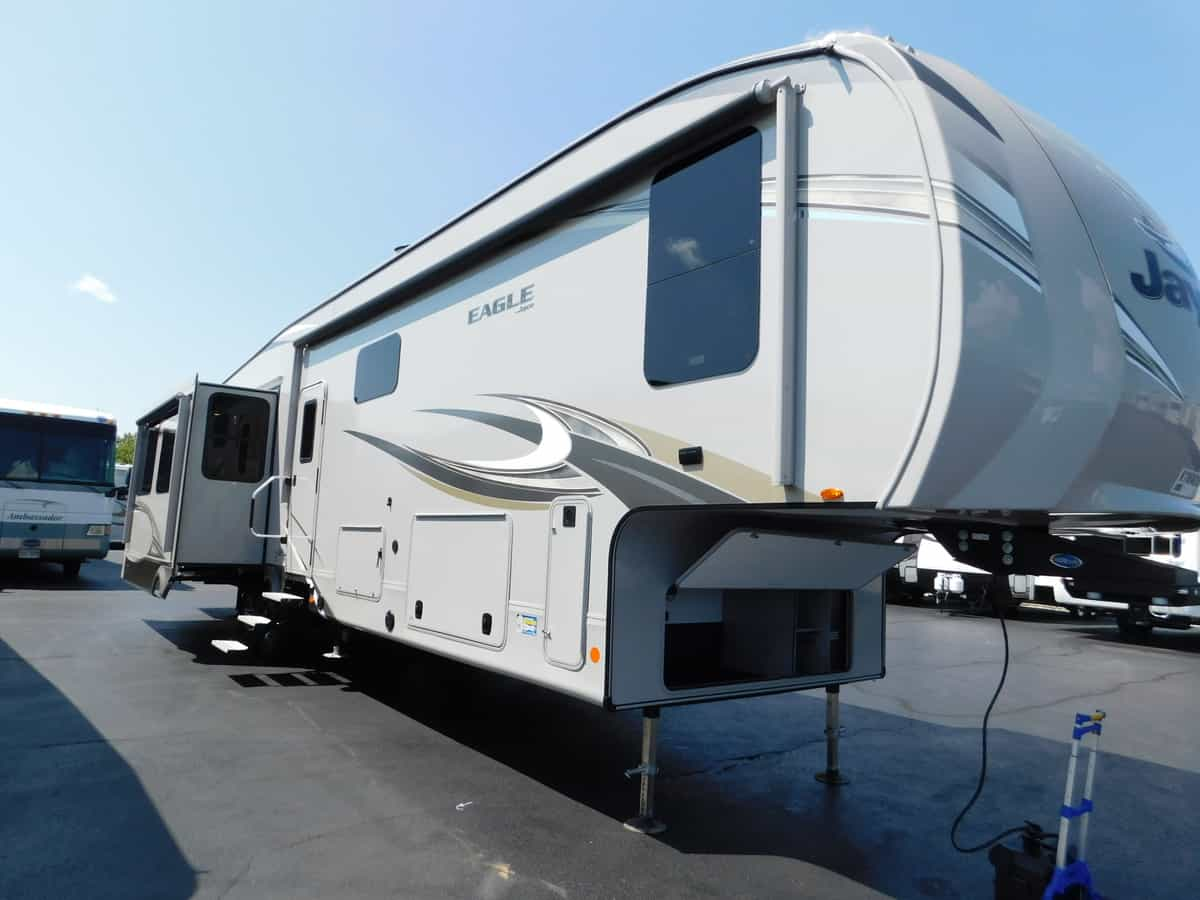 NEW 2019 Jayco EAGLE 355MBQS - Rick's RV Center