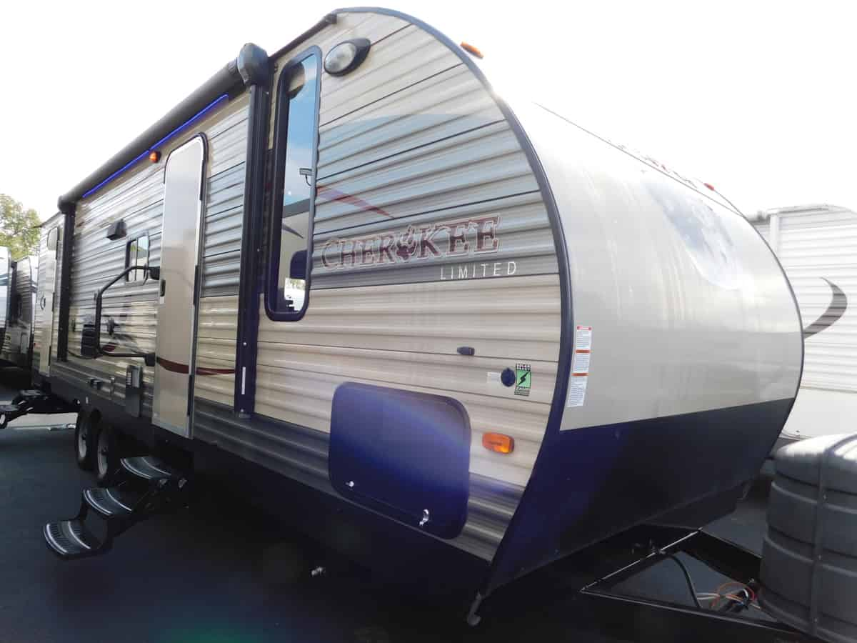 USED 2016 Forest River CHEROKEE 27DBH - Rick's RV Center