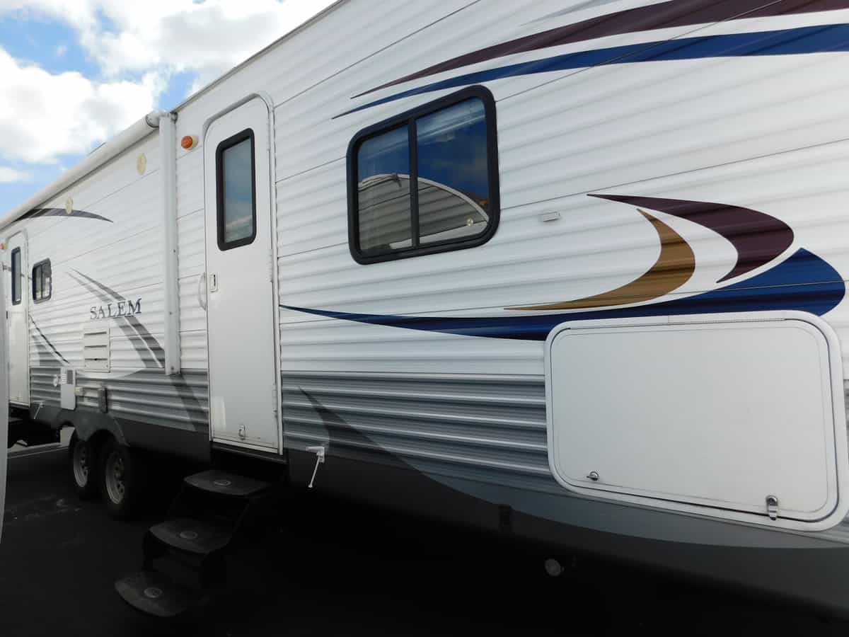 USED 2013 Forest River SALEM 27RLSS - Rick's RV Center